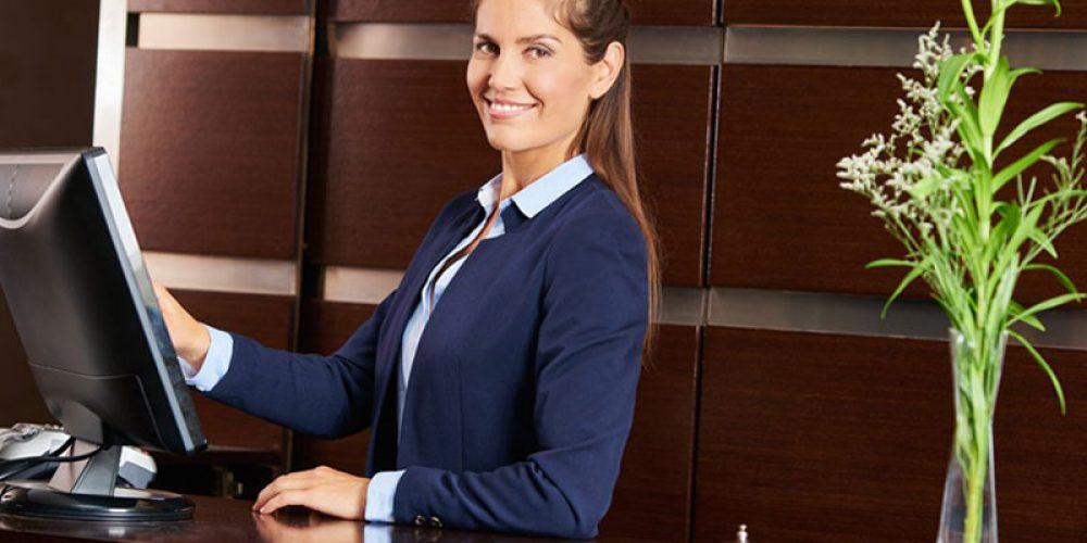 Y a-t-il des prérequis avant une formation d'hôtellerie de luxe?