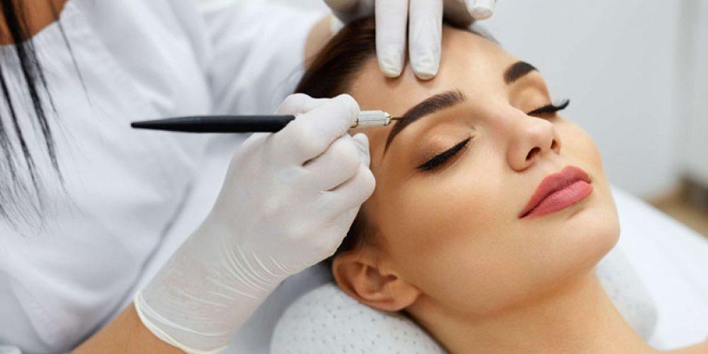 Trouver une école internationale de maquillage permanent